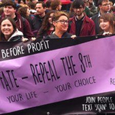 Frauenstreik in Irland: »Jung, wütend, laut und unaufhaltsam«