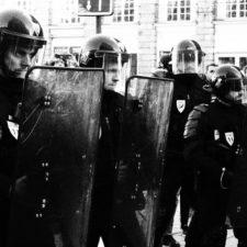 Frankreich zwischen Unterdrückung und Aufruhr