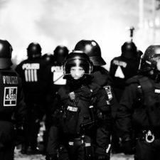 Innenpolitik: Vorbereitung für den permanenten Notstand