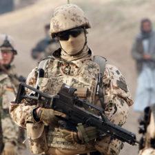 Ein Weißbuch für Aufrüstung und Krieg