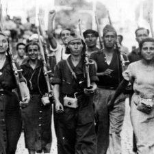 Spanien 1936: Hammer und Sichel auf jeder Wand